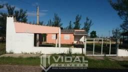 Excelente casa no Balneário Tiaraju - Tramandaí