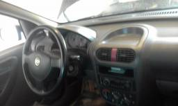 Corsa Sedan - 2002