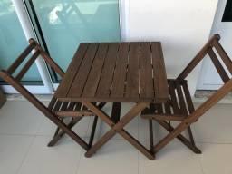 Conjunto de mesa e cadeiras Tok&Stok