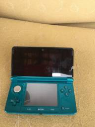 Nintendo 3ds + card pokémon x