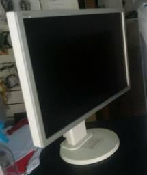 Monitor 22 polegadas. Super novo so 800 reais