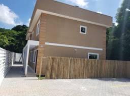 Excelente casa com chuveirão e quintal em Itaocaia!