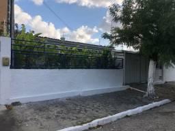 Eliane lucas aluga casa 2mil 3 quartos bairro dos estado