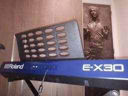 Teclado Roland EX-30