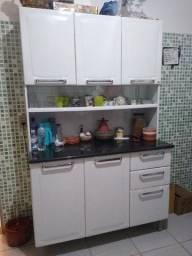 Armário de cozinha Itatiaia, em aço, ótimo estado de conservação.