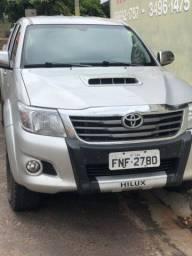 Hilux 3.0 srv diesel 4x4 2014