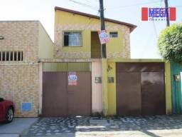 Casa com 3 quartos para alugar, no Quintino Cunha
