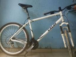 Bicicleta caloi usada