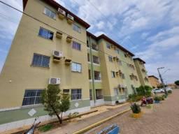 Apartamento sem mobília no Lívia para locação