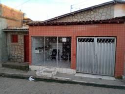 Casa VENDE-SE OU TROCA