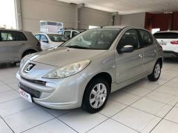 Peugeot 207 XR 1.4 completo ano 2012