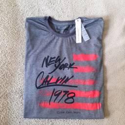 Camisa CK tamanho M, com etiqueta