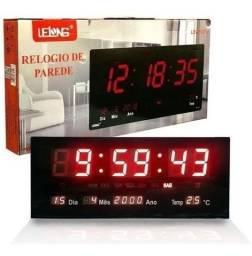 Relógio Parede Digital Termometro Calendario Lelong Le-2111