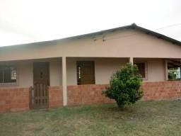Casa parada 99 da RS 040 Viamão