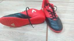 Tenis de futsal adidas 17.4 semi-nova