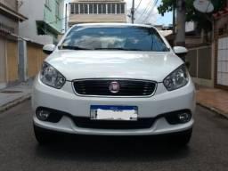 Fiat Grand Siena essence 1.6 ano 2018
