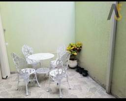 Casa de condomínio - 77 m² - 3 quartos