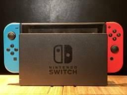 Nintendo Switch 32GB Azul e Vermelho Neon