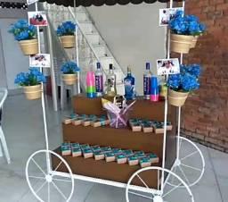 Carroça para comércio ou decoração.