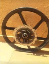 Vendo roda de liga leve para Biz