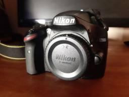 Vendo câmera Nikon d3200 com todos acessórios