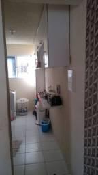Alugo apartamento em Camaçari - Nova Vitória