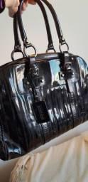 Bolsa em couro legítimo usada