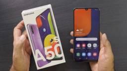 Celular Samsung sem detalhes
