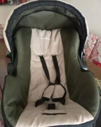 Carrinho de bebê e bebê conforto Infanti