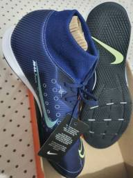 Chuteira Nike cr7 nova.