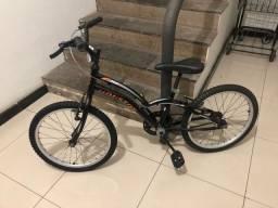 Vendo bicicleta infantil aro 10