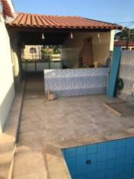 Casa com piscina e hidro centro de Manilha