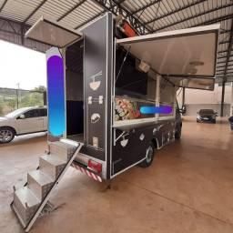 Food Truck semi novo completo