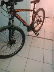 Bicicleta com um mês de comprada. *36