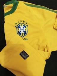 Camisa da seleção tamanho M .....Nike