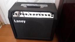 Amplificador valvulado Laney LC50 II