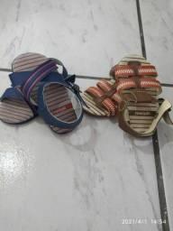 Duas sandálias bebê PIMPOLHO