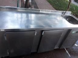 Balcão refrigerado de encosto, inox, com pia, 2mtx70cm