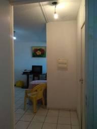 Alugo apartamento mobiliado 600 2 meses de depósitos *
