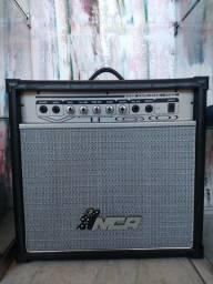 """Amplificador de baixo de 60 watts""""troca"""""""