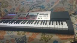 Teclado Sintetizador Casio XW-G1 e Notebook HP Pavilion dv2000