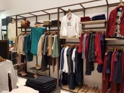 RBS01 Expositor duplo - Encerramento loja moda feminina de luxo