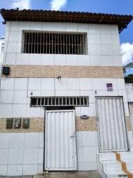 Alugo Duas Casas no  Costa e Silva  R$:300,00