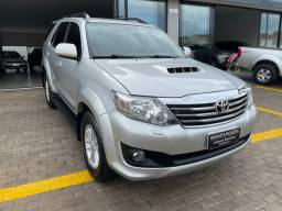 Toyota Hilux SW4 3.0 4x4 Diesel 5 Lugares 2013