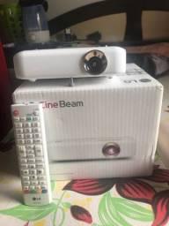 Projetor CineBeam TV wireless