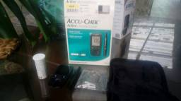 Aparelho de medição de glicose accu-chek active.