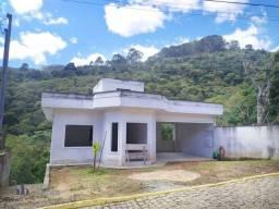 Casa com 3 dormitórios à venda, 210 m² por R$ 670.000,00 - Sítio São Luís - Nova Friburgo/