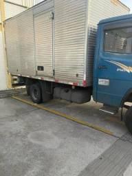 Caminhão MB 710 3/4 Diesel ano 2009