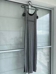 Vestido cinza (estica)