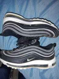 Vendo tênis Nike Air Max 97